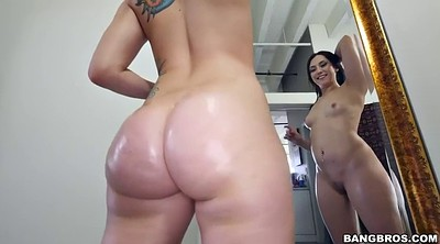 Mandy muse, Solo booty