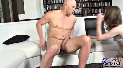 Debut, Anal shemale