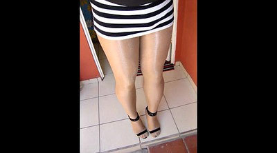 Heels, Shiny pantyhose, Pantyhose milf